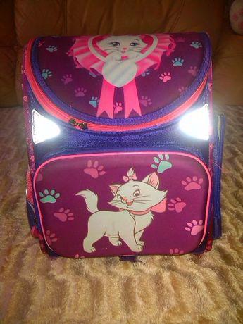 Рюкзак школьный с ортопедической спинкой. Кошка.