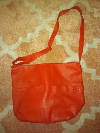 Nowa czerwona torebka A4