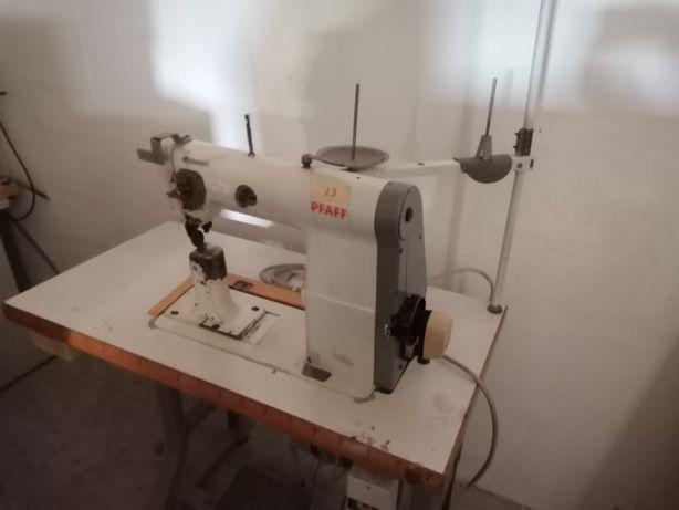 Maquinas de costura de coluna