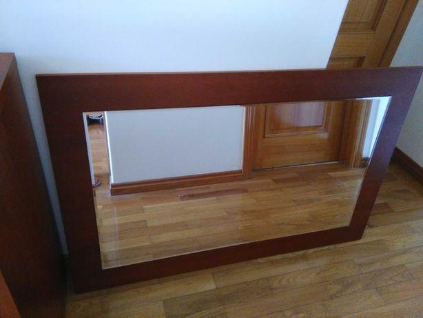 Espelho de cómoda em cerejeira