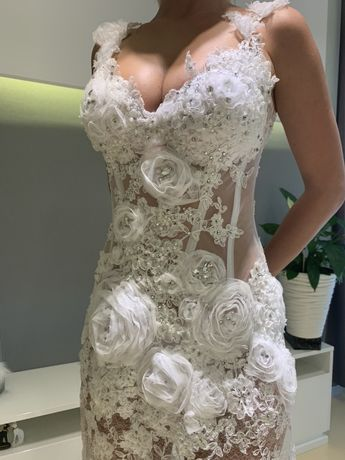 Свадебное платье новое ! Фото без подъюбника!