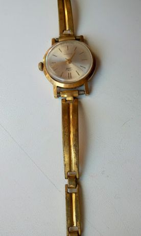 Женские часы Заря 21 камень позолоченные СССР советские