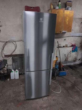Nowej generacji lodówka Elektrolux 185cm 2xNo Frost klasa A ++ polecam