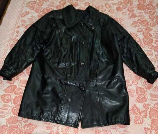 Кожаная женская длинная куртка