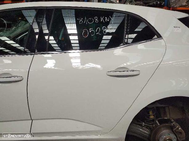 821015121R  Porta trás esquerda RENAULT MEGANE IV Hatchback (B9A/M/N_) 1.2 TCe 130 (B9MR) H5F 408