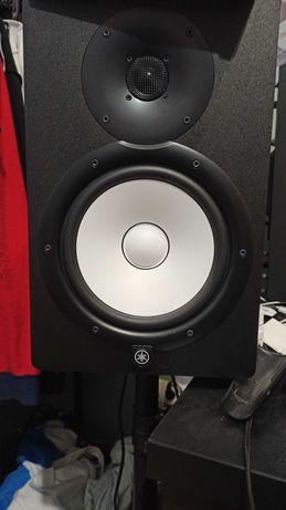 Monitory studyjne Yamaha hs8