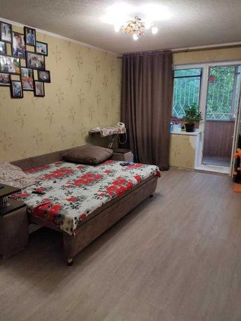 Продам 2-х комнатную квартиру с капитальным ремонтом на Новых Домах .