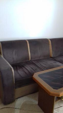 Narożnik z funkcją spania + fotele + stolik
