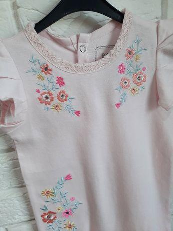 NOWY śliczny pudrowo różowy rampers, haftowane kwiaty, rozmiar 74,