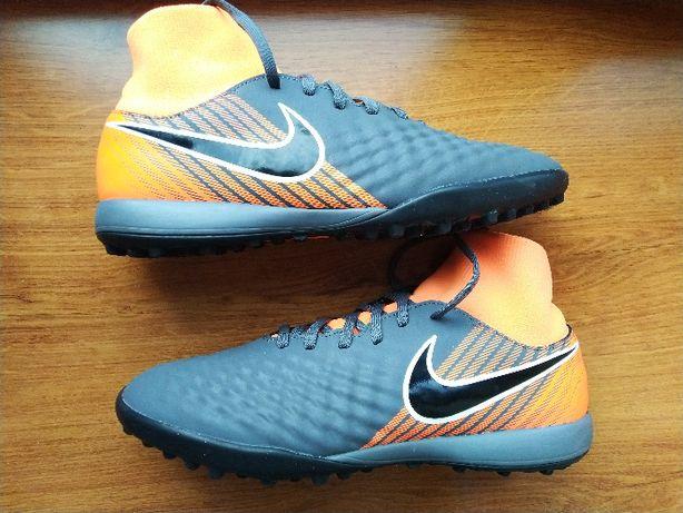 Сороконожки 39 (40) Nike MagistaX. Оригінал! кроссовки,бутси