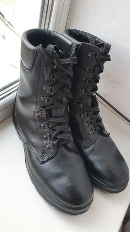 Продам шкіряні чоловічі черевики берци фірми Thinsulate.