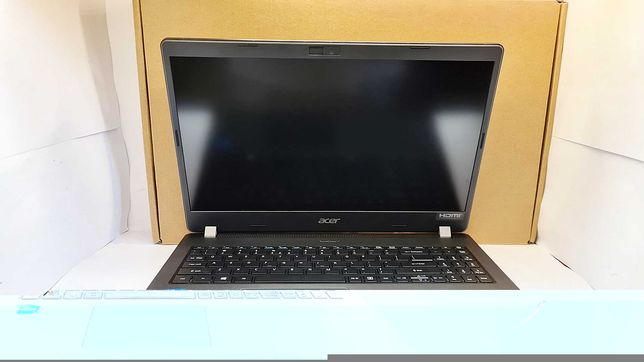 Laptop Acer Travel Mate P2 I5/8GB/256SSD