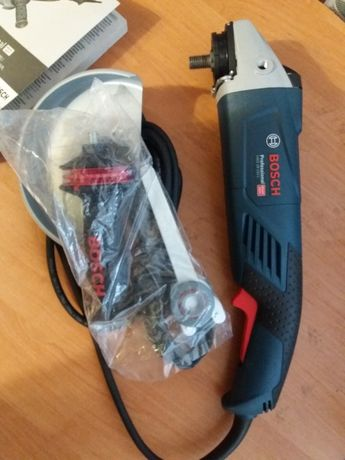 Угловая шлифмашина (болгарка) Bosch Professional GWS 18-150 L