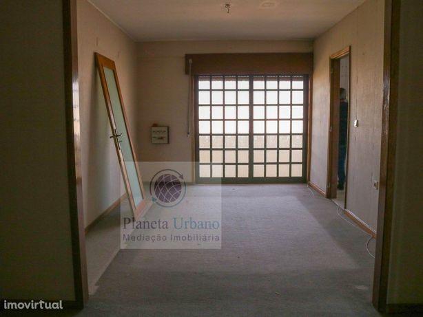 Apartamento T2 em São João da Madeira