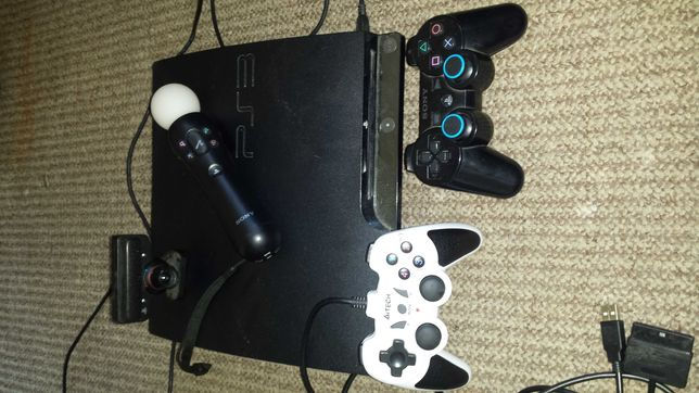 Play Station3+2 pady+akcesoria MOVE+21 gier