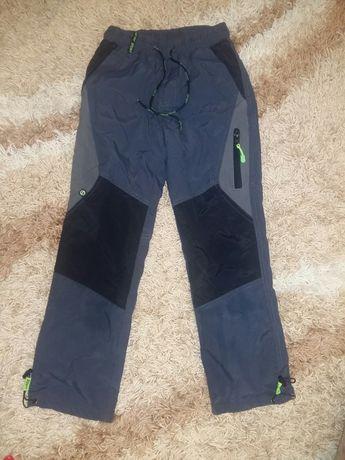 Зимние болоневые штаны на флисе на мальчика на рост 134