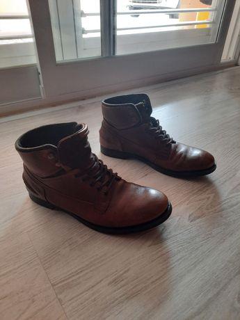 Botas de pele Zara