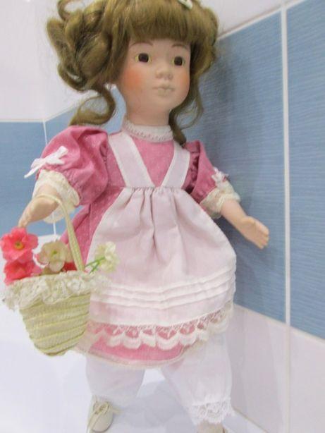 кукла керамическая отличное состояние