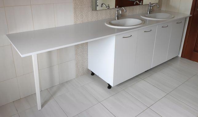 Szafki łazienkowe białe pod zlew