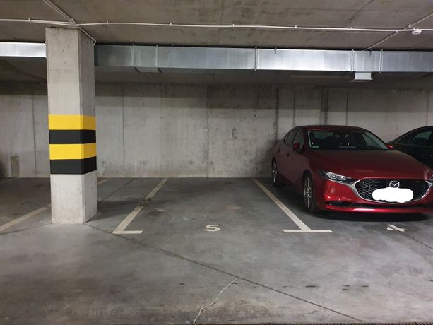 Miejsce parkingowe na Osiedlu Tysiąclecia 24