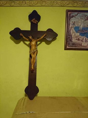 Krzyż przedwojenny drewniany