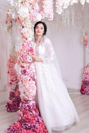 Свадебное платье А-силуэта (цвет Айвори)