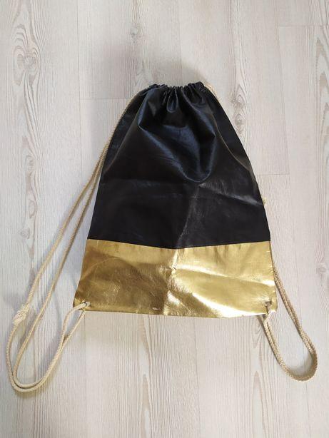 Plecak złoty czarny Basic ze sznurkami worek Simple 90s pojemny torba