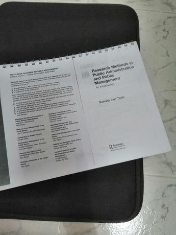 Livro sobre métodos de pesquisa em Administração Pública