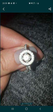 Sprzedam pierścionek  Pandora