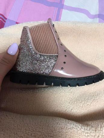 демисизонные ботинки для принцессы