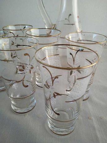2 Jarros + copos pintados à mão / 2 handpainted jars + glasses