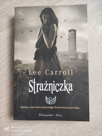 "Książka ""Strażniczka"" Lee Carroll"