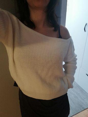 Sweterek biały, rozmiar S/M