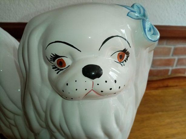 Cão em  cerâmica