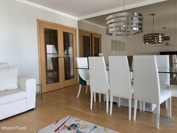 Apartamento - 118 m² - T3