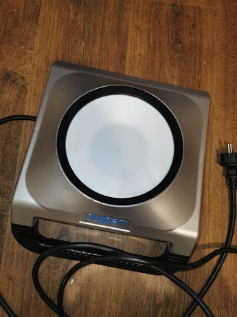 Lampa robocza LED IK08, 50 W z gniazdami wtykowymi