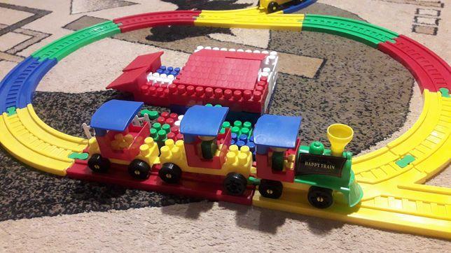 Детская железная дорога - конструктор
