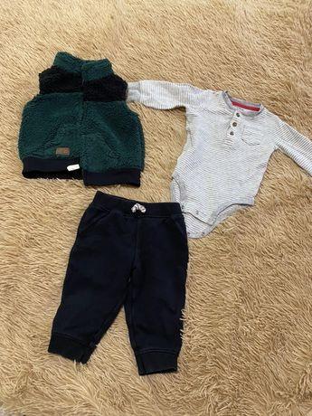 Комплект жилетка-бодик-штаны для мальчика Carters 9m