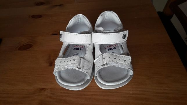 Sandałki Lasocki 20 19