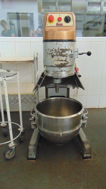 Миксер планетарный Spar Mixer SP - 301-e
