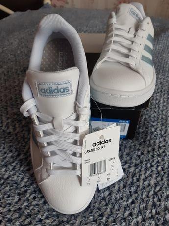 Кроссовки женские Adidas. Размер 36!