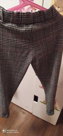 Spodnie kratka 140