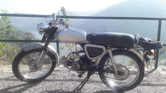 Macal H4 motor Honda de 1968
