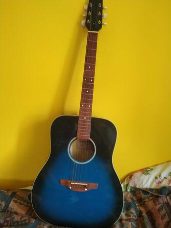 Гітара в гарному стані