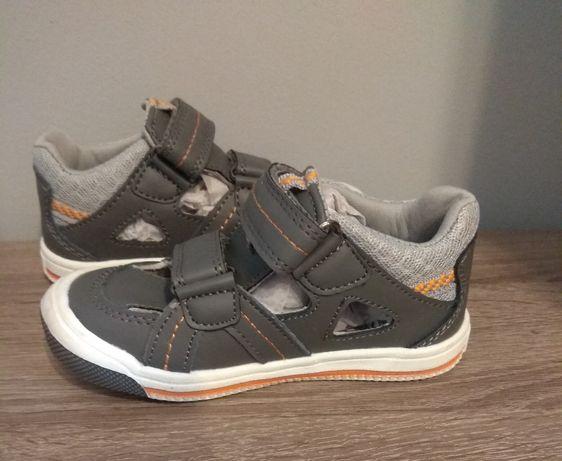 Sandałki chłopięce (r 24 ) NOWE