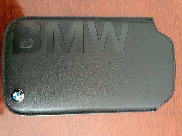 Bolsa BMW nova em pele para telemóveis pequenos.