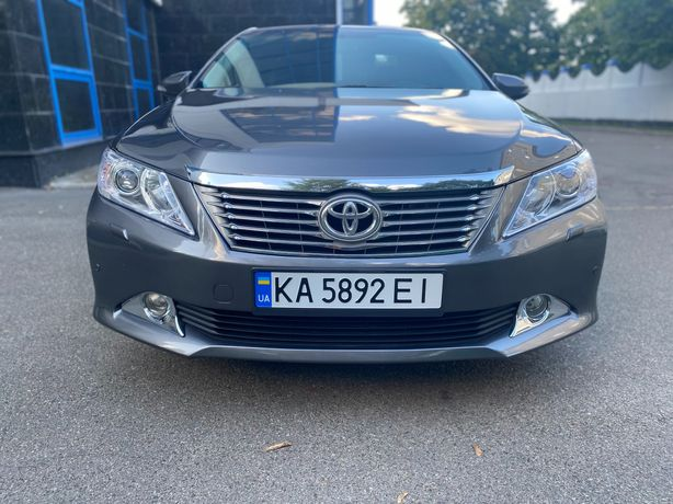 Toyota Camry 2012 Official
