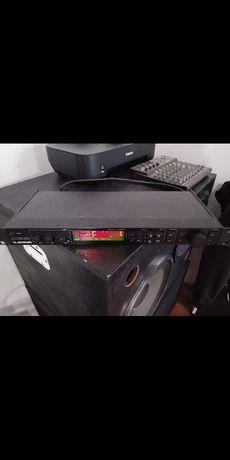 Цифровой процессор T.C.Electronic M-One xl