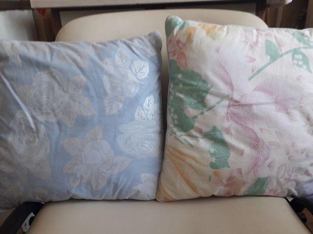 Детская подушка  мягкая со цветами холофайбер