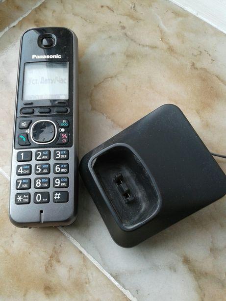 Радіо телефон Panasonic,на 2 трубки.